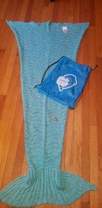 Other - Laghcat NWT Teal Crocheted Mermaid Tail Blanket